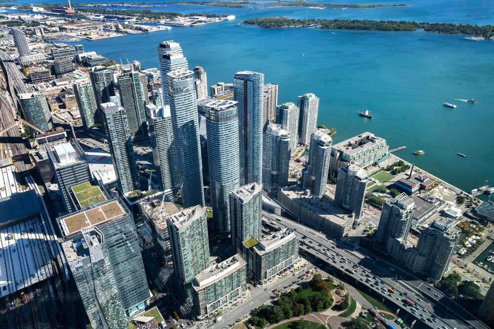 Average price of a resale condo unit in the Greater Toronto Area jumps nearly 6% Image