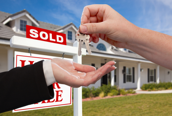 The Cost of Selling Your Home Image