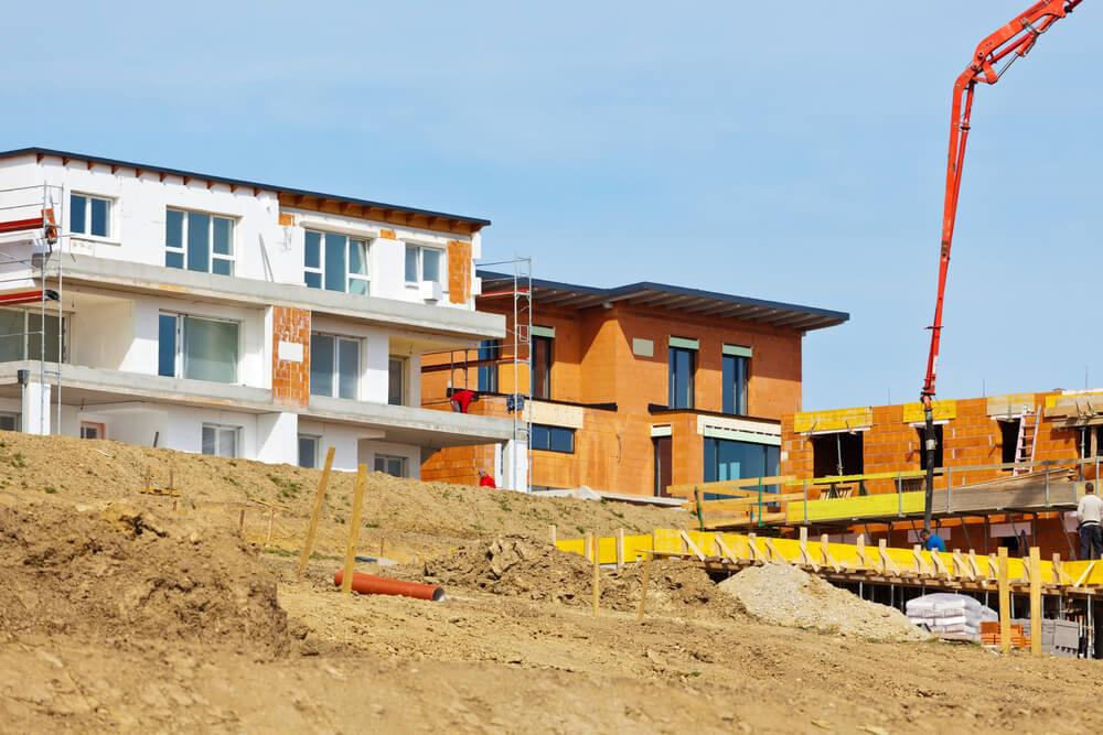 Tips for living in a new home construction zone Image