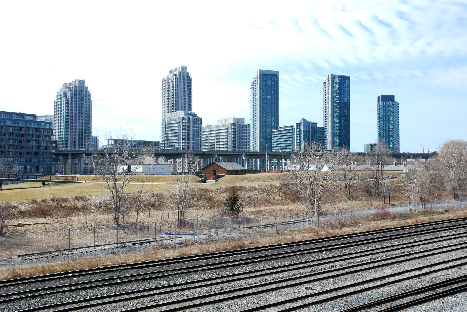 Walkability: Fort York - 83 Image