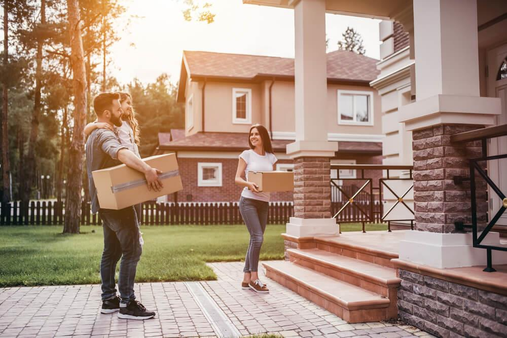 More than 600,000 Canadians are preparing for moving day this month Image