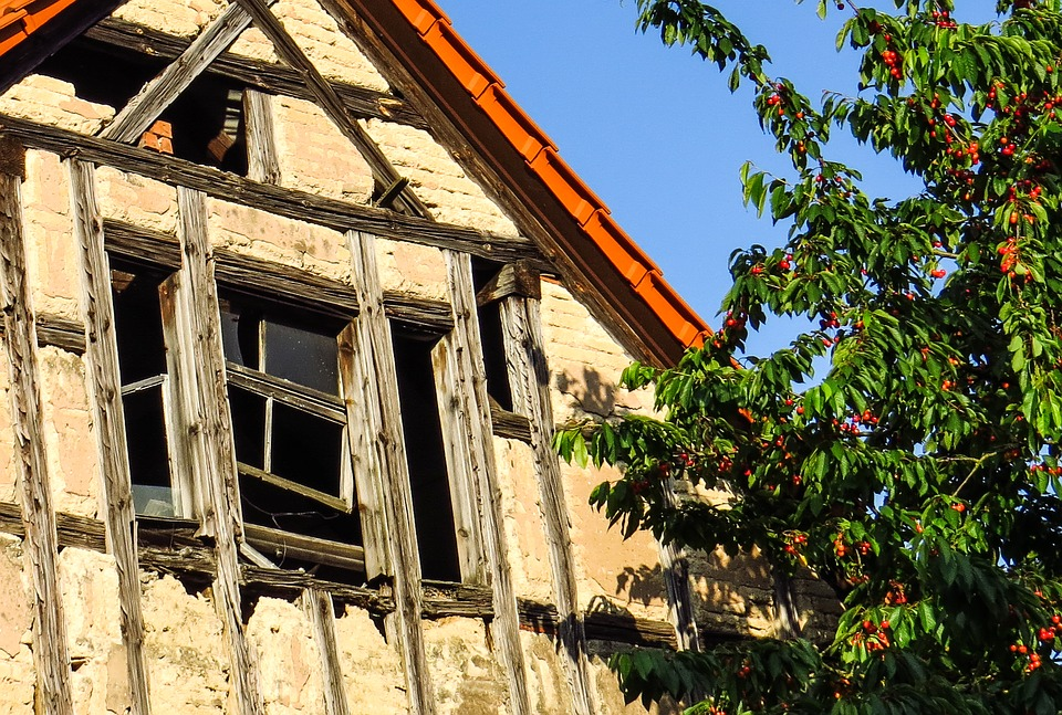 Don't buy a fixer-upper until you ask yourself these questions Image
