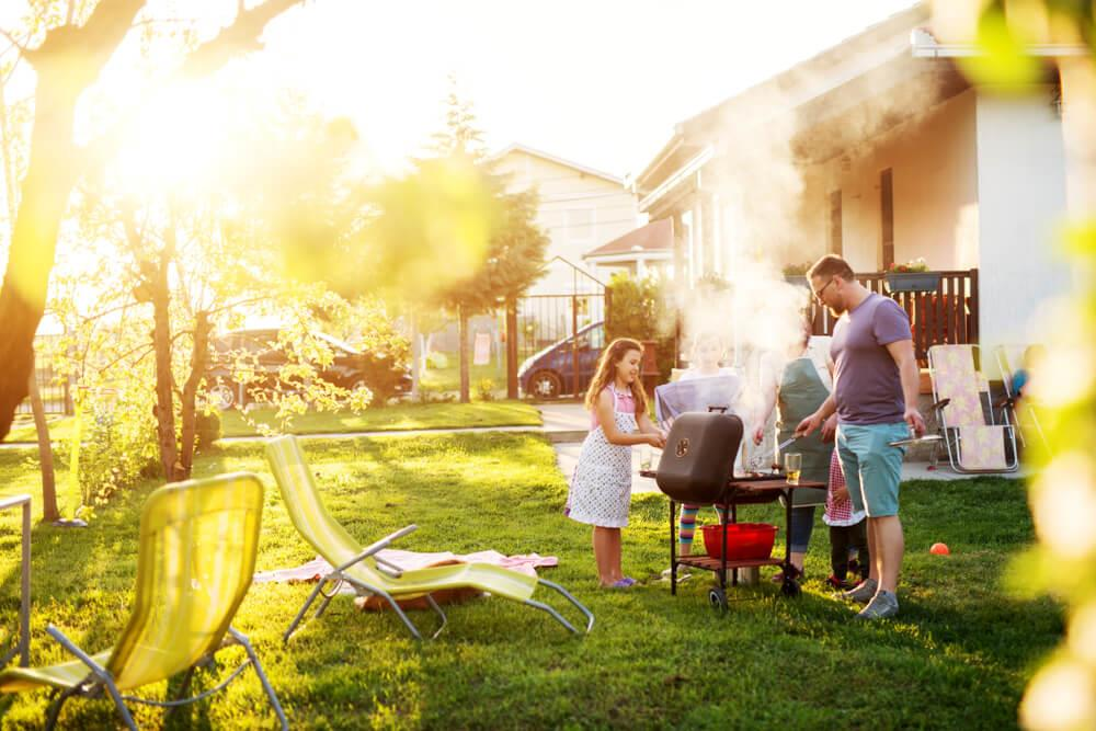 4 quick ways to get your backyard summer ready Image