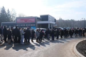 Hundreds of buyers line up for the New Kleinburg grand opening! Image