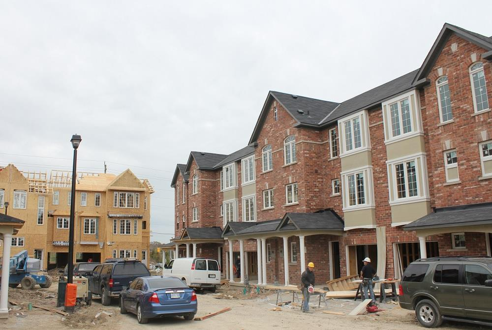 Bond Lake Opens its doors to Richmond Hill  Image